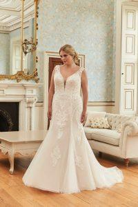 Romantica Silhouette Prunella Wedding Dress