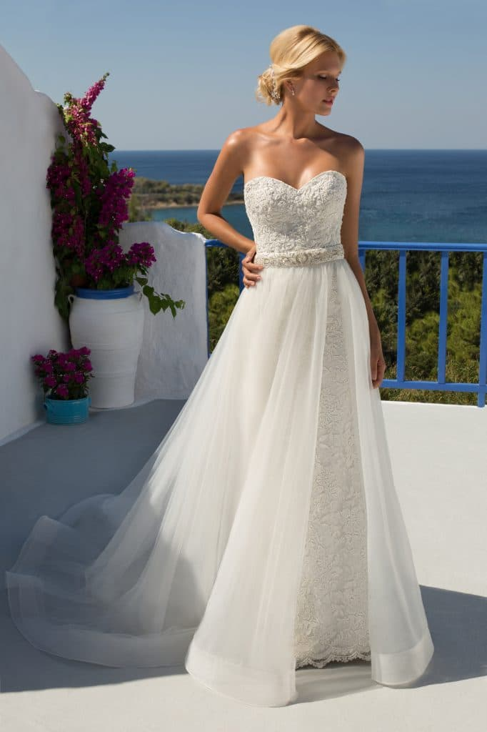 Mark Lesley ML7270 Discounted Wedding Dress Size 14