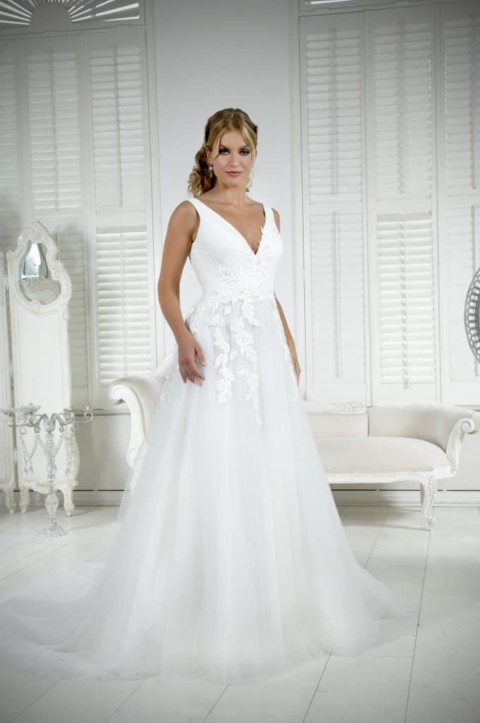 Veromia VRK61801 Wedding Dress