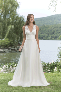 Sweetheart 6151 Discounted Wedding Dress