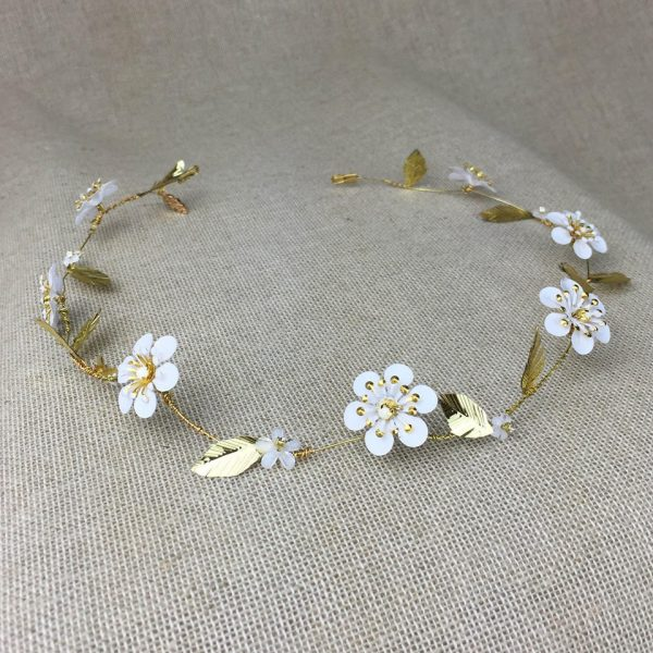 Fifth and Spring Bridal Jeweller Harriette daisy chain hair vine