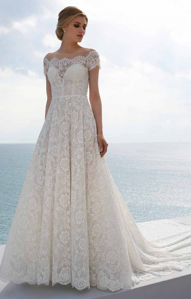 Mark Lesley 7412 Wedding Dress