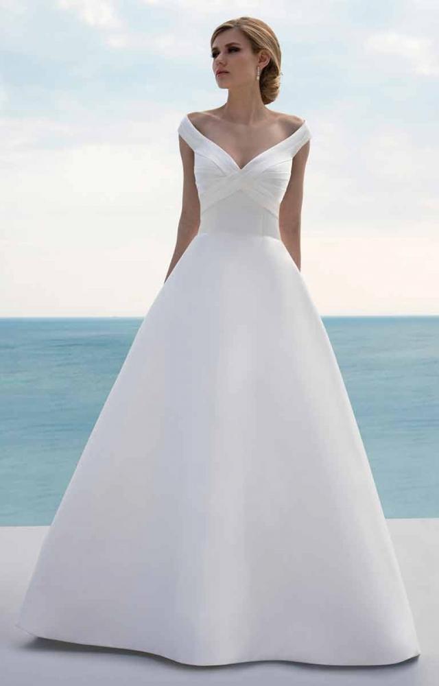 Mark Lesley 7434 Wedding Dress