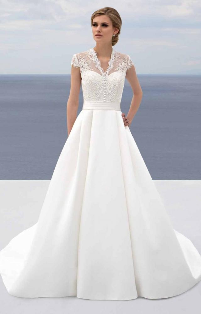 Mark Lesley 7435 Wedding Dress