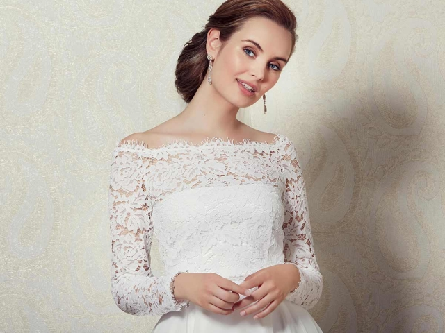 Lilly Bridal 01-3812 Lace Top