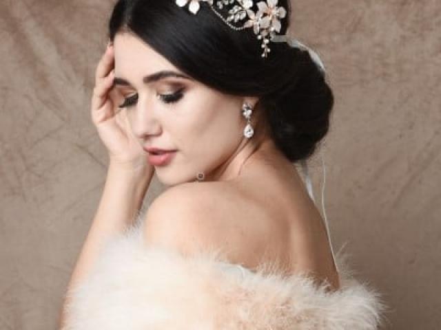 Athena Bridal Jewellery 1605 Exquisite romance vine