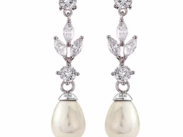 Athena Bridal Jewellery Earrings 1936 Dainty Pearl earrings silver