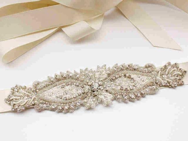Richard Designs Belt 60 silver and pearl centre belt