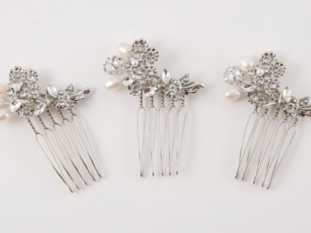 Richard Designs Bridal Jewellery CP177 Crystal and pearl mini combs