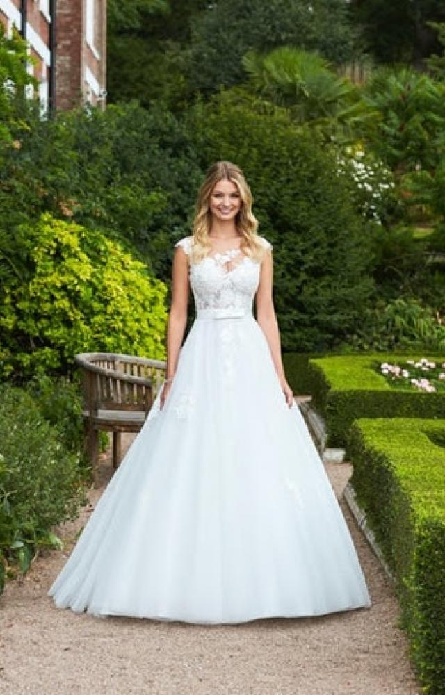 Romantica of Devon Odele Sale Wedding Dress