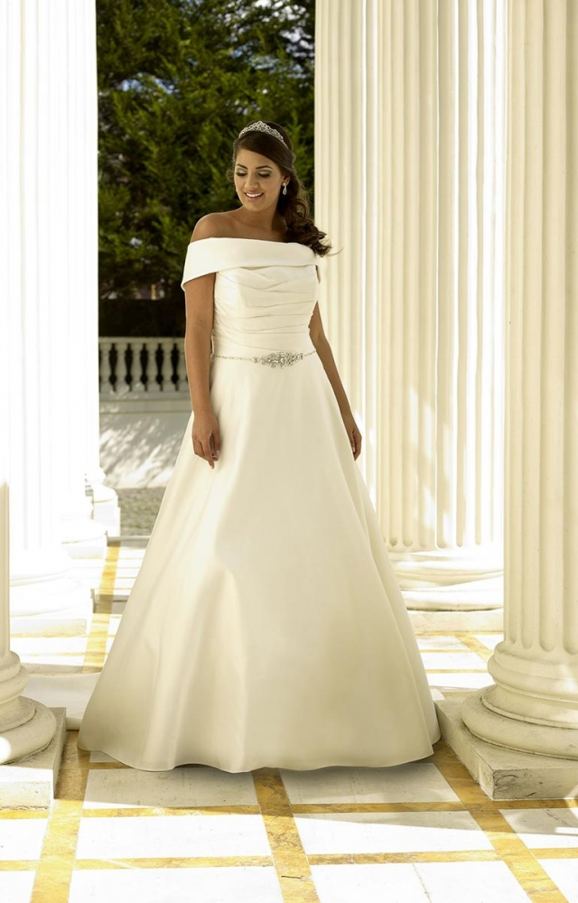 Sonsie by Veromia SON91713 Curvy Bridal Wedding Dress