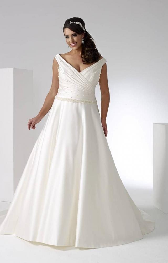 Sonsie by Veromia SON91906 Curvy Bridal Wedding Dress