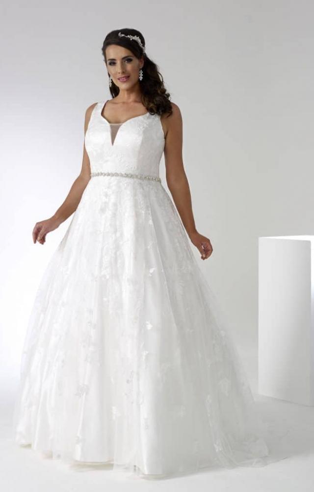 Sonsie by Veromia SON91912 Curvy Bridal Wedding Dress