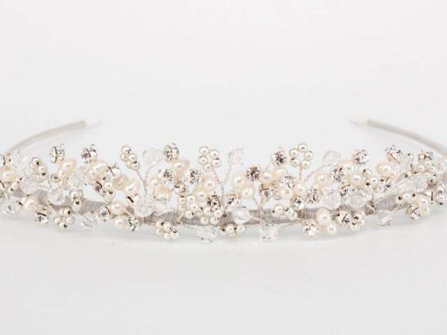 Richard Designs TR1707A Pearl and crystal tiara