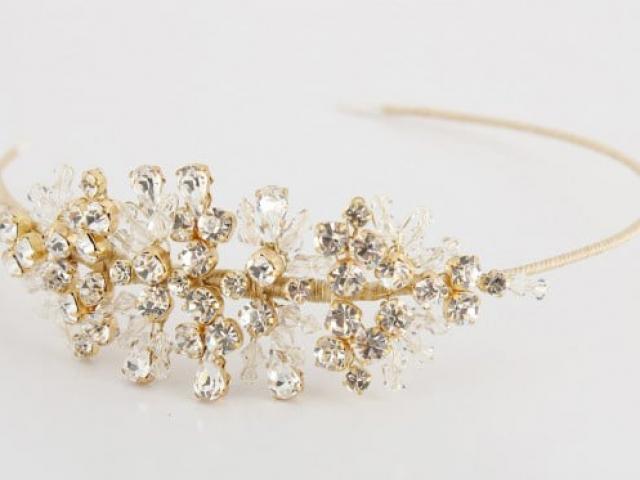 Richard Designs TR1918RGS traditional crystal tiara