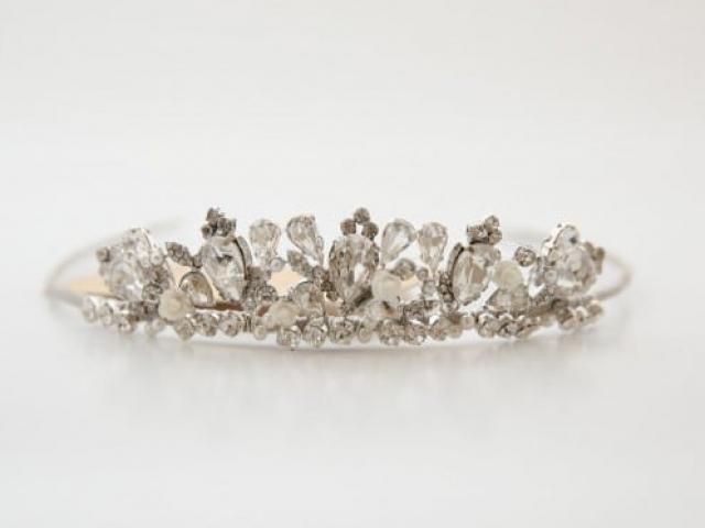 Richard Designs TR2130GS vintage style princess tiara
