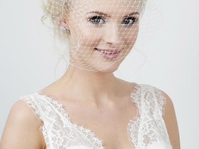 Richard Designs TR2222A Birdcage veil with Swarovski Crystal