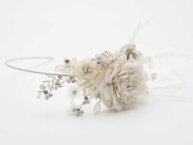 Richard Designs TR2250A Handmade flower side tiara