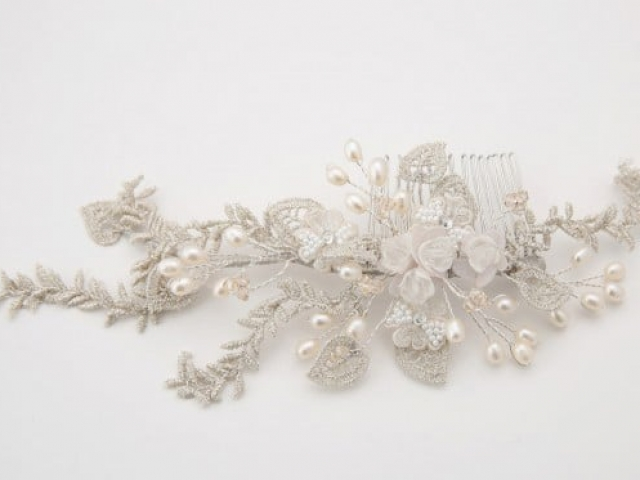 Richard Designs Bridal Jewellery TR2322A Silver Lace and Pearl Hair Comb