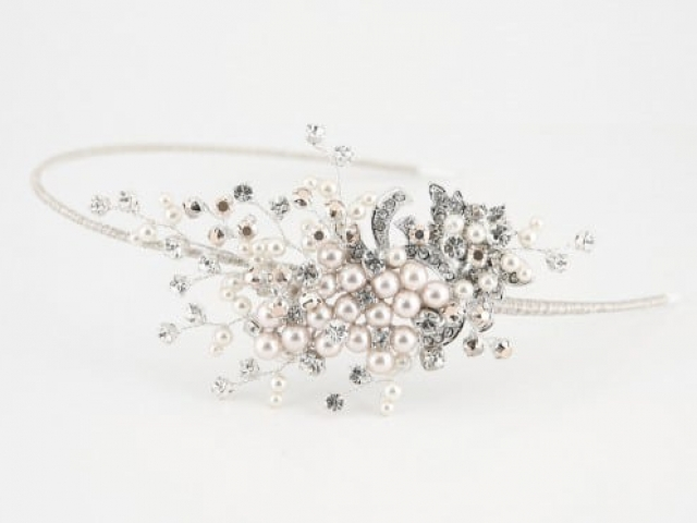 Richard Designs TR2514A Shimmering pearl side tiara