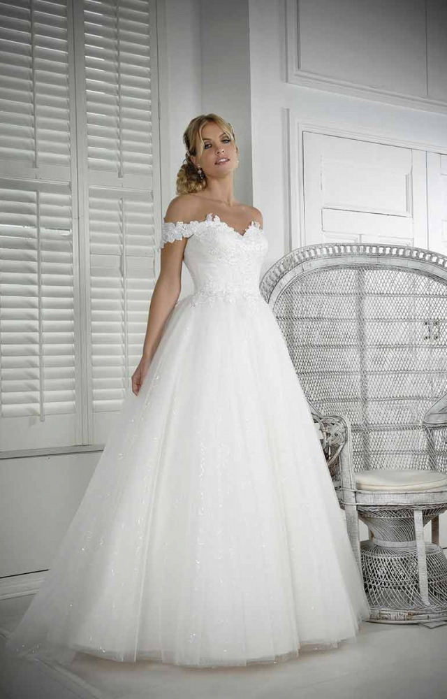 Veromia VRK61808 Wedding Dress